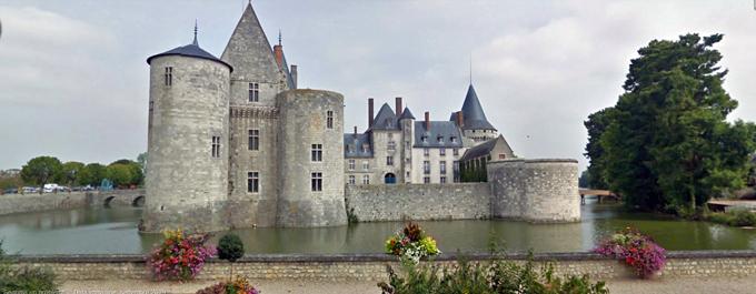 Il castello di Sully-sur-Loire